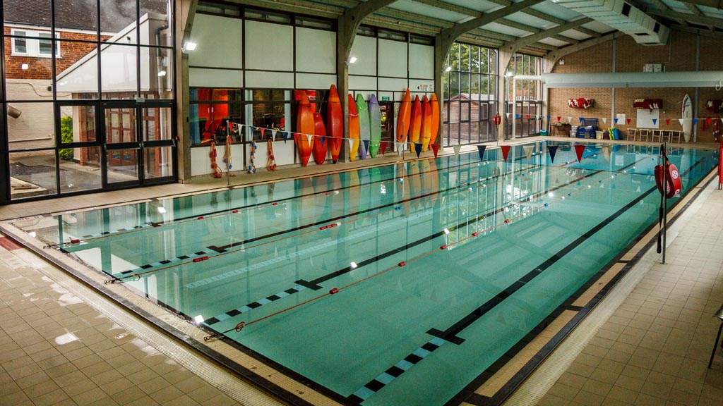 Sports leisure oakham school enterprises ltd for Outdoor swimming pool leicester